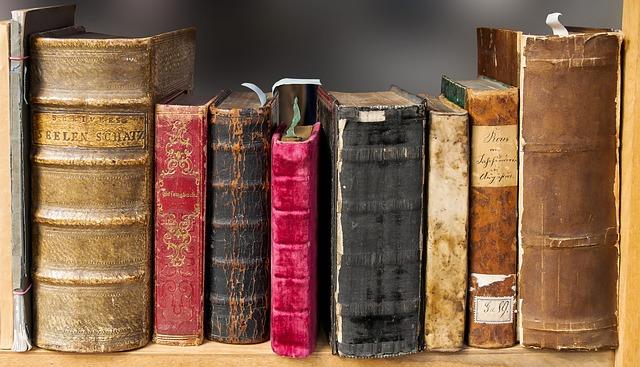 staré knihy.jpg