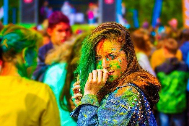 festival barev.jpg